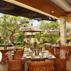 Nusa Dua Beach Hotel & Spa питание фото 4