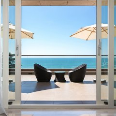 Гостиница Swissôtel Resort Sochi Kamelia 5* Люкс с видом на море и террасой с различными типами кроватей