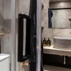 Отель 14 Reasons Why Греция, Афины - отзывы, цены и фото номеров - забронировать отель 14 Reasons Why онлайн ванная