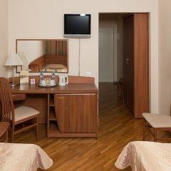 Гостиница Луч 3* Улучшенный номер с разными типами кроватей фото 11