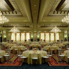 Отель The Ritz-Carlton Abu Dhabi, Grand Canal фото 2