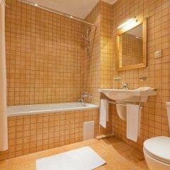 Гостиница Артурс Village & SPA Hotel в Ларёво 5 отзывов об отеле, цены и фото номеров - забронировать гостиницу Артурс Village & SPA Hotel онлайн ванная фото 2
