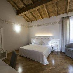 Hotel Sesmones Корнельяно Лауденсе комната для гостей фото 3