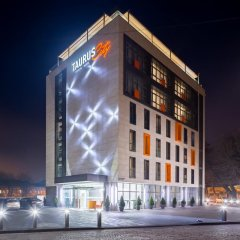 Гостиница Taurus City Львов вид на фасад фото 4