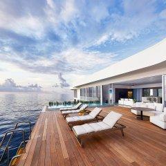 Отель Conrad Maldives Rangali Island Мальдивы, Хувахенду - 8 отзывов об отеле, цены и фото номеров - забронировать отель Conrad Maldives Rangali Island онлайн бассейн фото 3