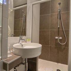Hotel Mondial 3* Улучшенный семейный номер фото 3