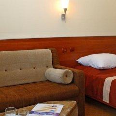 Intourist-Zakarpattya Hotel комната для гостей фото 7