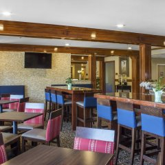 Отель Comfort Inn & Suites Durango гостиничный бар