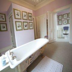 Отель The Lodge at Castle Leslie Estate Ирландия, Клонс - отзывы, цены и фото номеров - забронировать отель The Lodge at Castle Leslie Estate онлайн комната для гостей фото 6