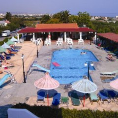 Galini Anissaras Hotel бассейн