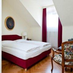 Hotel Regina 4* Улучшенный номер