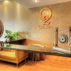 One to One Clover Hotel & Suites интерьер отеля фото 2