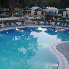 Отель Wyndham Tashkent бассейн