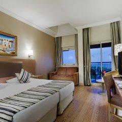 Отель Crystal Tat Beach Resort Spa комната для гостей