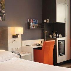 Отель Amsterdam De Roode Leeuw Нидерланды, Амстердам - 1 отзыв об отеле, цены и фото номеров - забронировать отель Amsterdam De Roode Leeuw онлайн удобства в номере