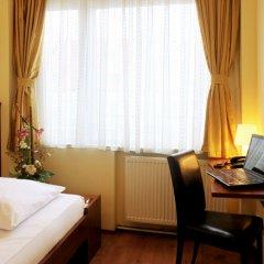 Отель Atlas City Hotel Германия, Мюнхен - 7 отзывов об отеле, цены и фото номеров - забронировать отель Atlas City Hotel онлайн удобства в номере