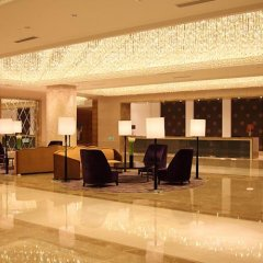 Boyue Shanghai Hongqiao Airport Hotel интерьер отеля