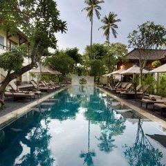 Nusa Dua Beach Hotel & Spa бассейн фото 7