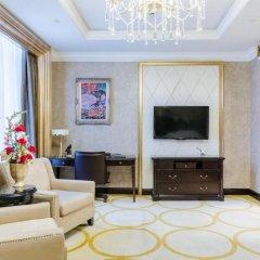 Гостиница The St. Regis Moscow Nikolskaya 5* Улучшенный номер с различными типами кроватей фото 3