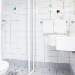 Comfort Hotel Boersparken 3* Номер Moderate с различными типами кроватей фото 2