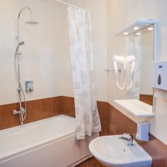 Отель Меблированные комнаты Петроградка Санкт-Петербург ванная