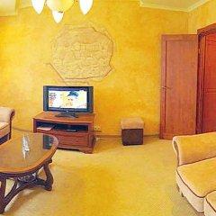 Intourist-Zakarpattya Hotel комната для гостей фото 5