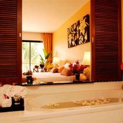 Отель Naithonburi Beach Resort Phuket 4* Улучшенный номер с различными типами кроватей фото 5
