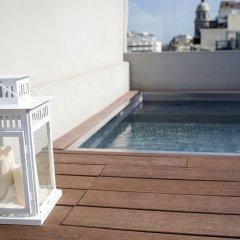 Отель Midmost бассейн фото 3