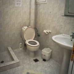 Отель Kapsohora Inn Hotel Греция, Пефкохори - отзывы, цены и фото номеров - забронировать отель Kapsohora Inn Hotel онлайн ванная