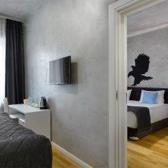Гостиница Red Brick Семейный номер Connection с двуспальной кроватью фото 2