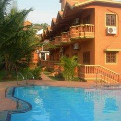 Отель Ruffles Beach Resort Гоа бассейн