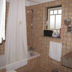 Отель Aqua Pedra Dos Bicos Design Beach Hotel - Только для взрослых Португалия, Албуфейра - отзывы, цены и фото номеров - забронировать отель Aqua Pedra Dos Bicos Design Beach Hotel - Только для взрослых онлайн ванная фото 2