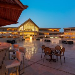 Отель Cleopatra Luxury Resort Makadi Bay гостиничный бар фото 5