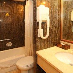 Отель Beijing Ping An Fu Hotel Китай, Пекин - отзывы, цены и фото номеров - забронировать отель Beijing Ping An Fu Hotel онлайн ванная