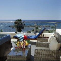 Golden Tulip Golden Bay Beach Hotel Ларнака бассейн