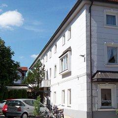 Отель Gasthof Neuwirt Германия, Исманинг - отзывы, цены и фото номеров - забронировать отель Gasthof Neuwirt онлайн парковка