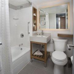 Отель New York Hilton Midtown 4* Семейный смежный номер с 2 отдельными кроватями фото 5