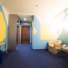 Гостиница Пушкарская Слобода 5* Номер молодёжный с круглой двуспальной кроватью фото 2