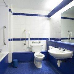 Отель Travelodge London Ilford ванная