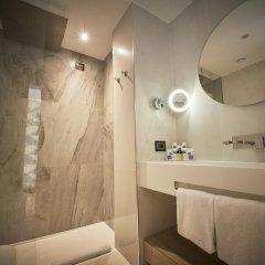 Отель IH Hotels Milano Ambasciatori 4* Номер Делюкс с различными типами кроватей фото 5
