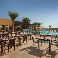 Отель DoubleTree by Hilton Resort & Spa Marjan Island 5* Стандартный номер с различными типами кроватей фото 3