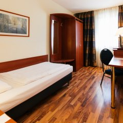 Hotel Excelsior - Central Station 3* Стандартный номер с 2 отдельными кроватями