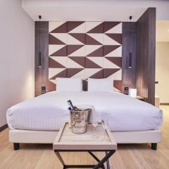 Отель IH Hotels Milano Ambasciatori 4* Люкс с различными типами кроватей фото 6