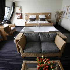 Отель Catalonia Vondel Amsterdam 4* Полулюкс с различными типами кроватей фото 4