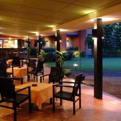 Отель Miridiya Lake Resort Шри-Ланка, Анурадхапура - отзывы, цены и фото номеров - забронировать отель Miridiya Lake Resort онлайн гостиничный бар