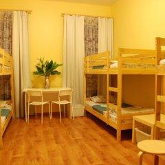 Хостел GooDHoliday Кровать в общем номере с двухъярусной кроватью