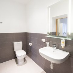 Апартаменты Riga Lux Apartments - Skolas Апартаменты с различными типами кроватей фото 22