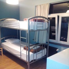 Отель Hostel Louise Бельгия, Брюссель - 2 отзыва об отеле, цены и фото номеров - забронировать отель Hostel Louise онлайн комната для гостей фото 3