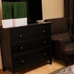 Weekend Rooms and Hostel сейф в номере