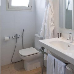 Hotel Sagrada Familia ванная фото 2